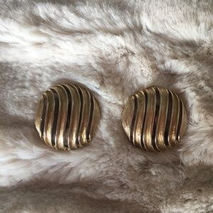 Vintage clip-on large button Earrings 80s era